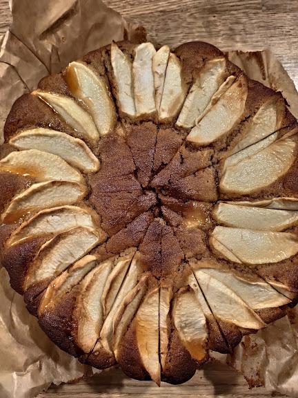 ciasto z miodem w calosci